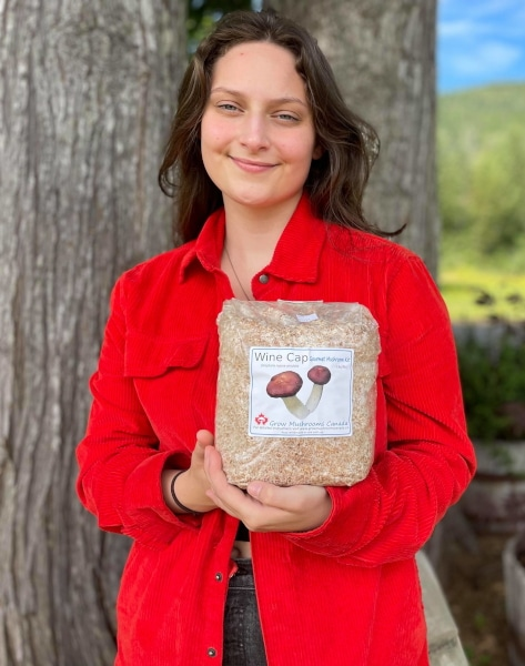 Rheanna Garbe and wine cap kit Grow Mushrooms Canada